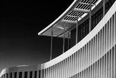 white stripes (Karl-Heinz Bitter) Tags: stripes white black monochrom monochrome architektur architecture building netherlands niederlande holland maastricht mall einkaufszentrum karlheinzbitter fineart blackwhite blackandwhite