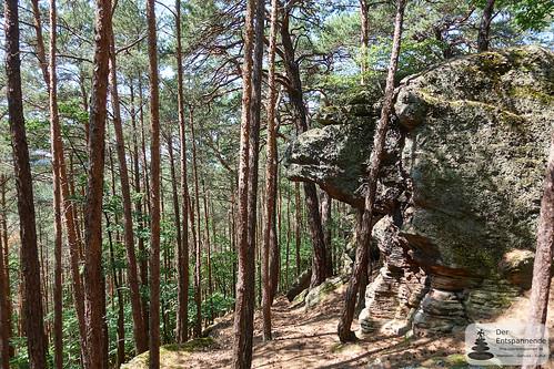 Kupferbergfelsen auf dem Leininger Burgenweg (Kamelfelsen)