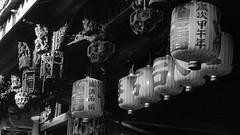 鹿港之美 The Beautiful of  Lukang (葉 正道 Ben(busy)) Tags: lukangˍtown changhua taiwan bw 黑白 monochrome 單色 天后宮 鹿港 彰化 台灣 religion 宗教 faith 信仰 風景 landscape 燈籠 lantern temple 媽祖 matsu
