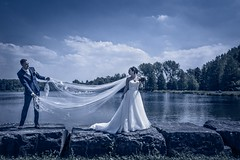 Wedding (♥siebe ©) Tags: weddingphotography 2017 holland nederland netherlands siebebaardafotografie bruidsfoto bruidsfotografie bruidsreportage bruiloft dutch marriage trouwdag trouwen trouwreportage wedding weddingday wwwmooietrouwreportagesnl blue water scene scenery veil sluier bride bruid groom couple bruidspaar lovers landscape