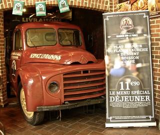 1953-1969 CITROËN U23 Billboard Truck