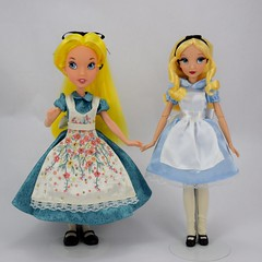 Our Family Tree Alice and Designer Alice With Swapped Outfits - Full Front View (drj1828) Tags: us disneystore doll purchase posable 10inch 2d deboxed designer heroesandvillains aliceinwonderland alice disneyfairytaledesignercollection ourfamilytree 2016 2008 swappingoutfits
