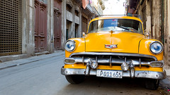 Old Car Cuba. (spencer_wilmot) Tags: cuba cubanlife car yellow street caribbean retro old classic americanauto frontview headlights grill chrome lahabana havana havanna