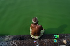 Gingee Fort (vinothrajas) Tags: colorful indiantemple temple fort india tamilnadu soap oldman bathing greenwater water green pool gingeepool gingeetemple gingeefort gingee