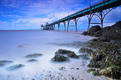 clevedon pier long exposure (neath stan the man) Tags: nikon nikon18105 d7000 landscapes seascapes sea pier victorian lee 10stopper clouds
