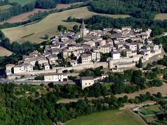 Puycelci (François Magne) Tags: ulm pendulaire vue aerienne village église rue ruelle pont tarn tarnetgaronne puycelci bastide
