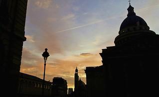 le soleil se lève sur Paris....