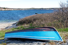 NS-07022 - Small Boat.. (archer10 (Dennis) 98M Views) Tags: sony a6300 ilce6300 18200mm 1650mm mirrorless free freepicture archer10 dennis jarvis dennisgjarvis dennisjarvis iamcanadian novascotia canada boat small blue terencebay granite shipleyhead