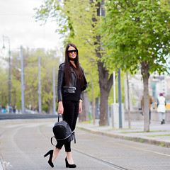 (PinkPetra) Tags: budapest vargaviki fashion fashionphoto fashionphotography fashionmodel streetfashion streetphotography streetstyle streetlook street outfit outside outdoor black leather jacket backpack sunglasses choker watch