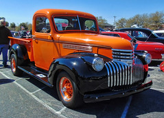 '46 Chevy Truck (Photos By Vic) Tags: 1946 46 classic carshow chevy chevrolet truck pickup antique vintage vehicle old 2017runtothesun