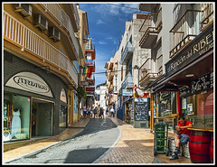 Paseando por Benidorm (edomingo) Tags: edomingo leicadlux4 benidorm alicante costablanca marinabaixa