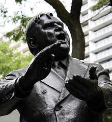 Fiorello La Guardia (ktmqi) Tags: newyorkcity statue bronze publicsculpture park urban fiorellohenrylaguardia littleflower mayor laguardiaplace
