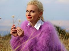 2017-05-18_11-38-46 (ducksworth2) Tags: knit knitwear mohair modern soft fluffy handknit wool sweater jumper fuzzy
