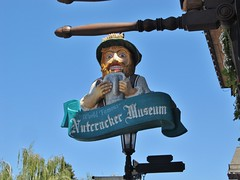 Leavenworth, Washington (Jasperdo) Tags: leavenworth washington roadtrip smalltown touristtown bavarianvillage sign nutcrackermuseum museum