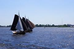 DSC06001 (Fotofreaky2013 (BUSY)) Tags: fietsboot eemlijn boottocht booter botterrace zuidwal bunschotenspakenburg bunschoten spakenburg water meer lake eemmeer zeilen zeil