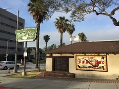 The Tinder Box (jericl cat) Tags: tinder box neon sign vintage santamonica wilshire boulevard losangeles pipe smoking