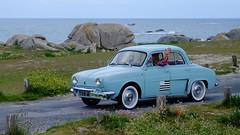 Renault Gordini (claude 22) Tags: tourdebretagne abva 2017 rallye old vintage classic vehicule cars voitures automobiles collection brittany finistère france vehicles renault gordini scenic paysage landscape mer sea tourdebretagneabva tourdebretagne2017 claude22 claudelacourarie