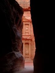El_Siq_petra_jordania (ruben25x12) Tags: petra jordania jordan wadirum desierto desert tesoro treasure siq nabateos nabatean sinai mtsinai mount monte egypt egipto santcatherine santacatalina zarza mandamientos kotor montenegro dubrovnik fiordo