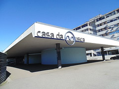 Porto - Metro (CarlosCoutinho) Tags: eduardosoutodemoura pritzkerprize subwaystation casadamúsica portugal porto oporto carloscoutinho architecture architectur arquitectura arquitetura