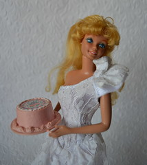 Happy Birthday Barbie 1980 (pe.kalina) Tags: barbie happy birthday 1980 vintage matell cake doll 80s super star mold headmold