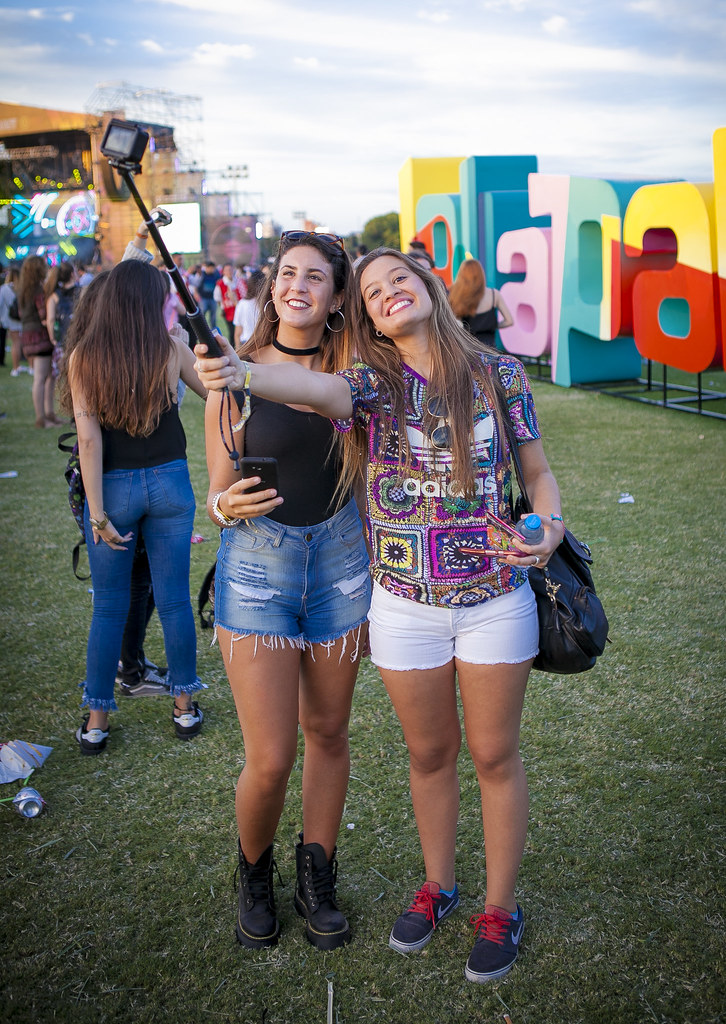 Fashion + Music: More Beauties at The Coachella Festival