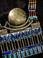 Closeup of necklace with moon pectoral from King Tutankhamun's tomb New Kingdom 18th Dynasty 1332-1323 BCE (mharrsch) Tags: necklace jewelry gold kingtutankhamun tomb burial funerary newkingdom 18thdynasty 14thcenturybce egypt ancient pharaoh ruler monarch king discoveryofkingtut exhibit newyork mharrsch premierexhibits