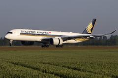 9V-SMJ, Airbus A350-941, Singapore Airlines (Freek Blokzijl) Tags: singaporeairlines airbusa350 amsterdamairport schiphol eham landing earlymorning touchdown polderbaan 18r aviation planespotting canon