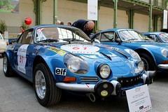 #61 Alpine Renault A110 1800 Gr. IV 1970 (seb !!!) Tags: 2017 auto automobile automovel automovil automobil berlinette coupé coach fastback canon 1100d cars course sportive anciennes ancienne old oldtimers populaire paris seb france voiture wagen car tour optic 2000 grand palais française français french französisch frankreich francia frança francese francês francés race racing competition photo picture foto image bild imagen imagem bleu blau blue azul blu classique classic klassic chrome
