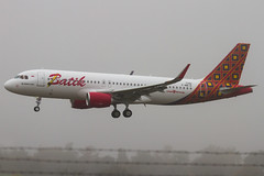 Batik Air - Airbus A320 (FrogFootTV) Tags: planes airplanes jet plane aircraft aviation planespotting aircraftspotting landing touchdown airport runway airliner commercial jets planespotter avgeek aviationlovers avlovers aviationphotography airline airplane aeroplane batikair batik air airbus a320 airbusa320 toulouse blagnac tls toulouseairport toulouseblagnac a320200 batika320 batikairmalaysia