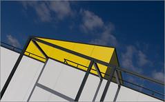 Rennes - Blue / Yellow  = Green [Explored] (Hervé Marchand) Tags: bretagne 2017 rennes shape building details yellow blue urbain urban shadow geometry dogwood52 dogwood2017 dogwood52week22