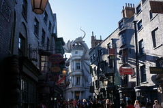 """Universal Studios, Florida: Diagon Alley • <a style=""""font-size:0.8em;"""" href=""""http://www.flickr.com/photos/28558260@N04/34709978846/"""" target=""""_blank"""">View on Flickr</a>"""