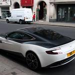 Aston Martin Vanquish 2013 thumbnail