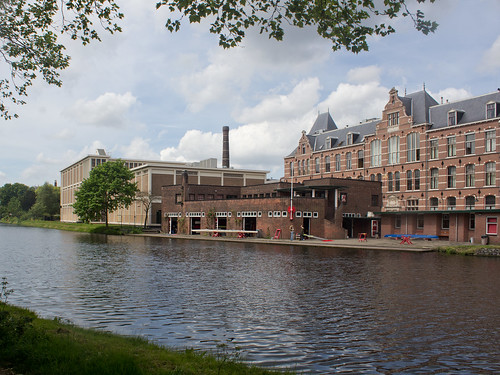 Delft - Sportverenigingsgebouw