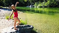 Heureux... Happy.... PSP**** (Isa****) Tags: fille girl riviére river tech céret pyrénéesorientales baignade heureuse happy psp