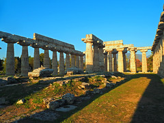 Paestum, Italy (Grazerin/Dorli Burge) Tags: temple greektemple paestum italy ancient ruins history architecture outdoors elements
