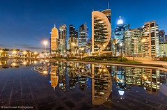 City Lights (Ziad Hunesh) Tags: zhunesh canon 7dmarkii 1116mm tokina doha sheraton park blue hour palms towers qatar cityscape sunset skyline