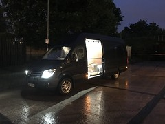 Mercedes Sprinter 316 CDI XLWB (Paul.Bevan) Tags: mercedesbenz dodge sprinter xlwb 316 cdi uk 2017 cavansiteblue courier lighthaulage delivery freight transport expressdelivery outdoors brabus superhighroof brightlight led cargolights on