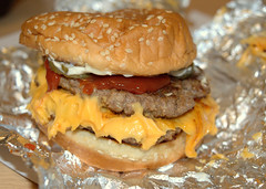 Five Guys Bacon Cheeseburger (Tony Worrall) Tags: add tag ©2017tonyworrall images photos photograff things uk england food foodie grub eat eaten taste tasty cook cooked iatethis foodporn foodpictures picturesoffood dish dishes menu plate plated made ingrediants nice flavour foodophile x yummy make tasted meal five guys bacon cheeseburger fiveguys bun dirty