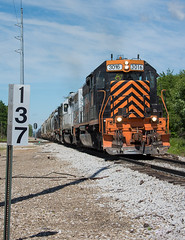 WE 3016 leading WE 261 Brewster, OH (Chicago Line Railfan) Tags: wheeling lake erie we 261 3016 brewster oh ohio cleveland subdivision mp 137