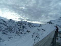... ... ... ... ...PanOramaRama... (project:2501) Tags: wengen jungfrauregion suisse switzerland snow ski travel theviewfromhere clouds lightcloud sun sunshine sky skyblue snowblue bluelight blue bluebleu bleu inthemountains mountains mountain rock wetterhorn3692m eiger3970m mönch4107m jungfrau4158m breithorn3782m tschingelhorn3557m gspaltenhorn3437m schilthorn2971m birg2676m viewfbirg
