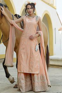 Elegance in pastels