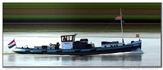 burly (Morthole) Tags: vianen sleepbootdagen slitscan ship boat schip boot barge binnenvaart schiff rheinschiff burly towboat duwboot schubboot poussage
