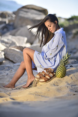 pineapple look (Iago López Losada) Tags: moda piña sanxenxo riasbaixas galicia top themagicoffocus pic dreams d750 decoracion disconet dog deluxe domingo dark efects earth españa eyes beauty belleza textures