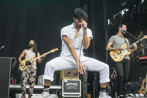 Young The Giant fan photo