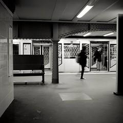 Alexanderplatz (ucn) Tags: tessar rolleiflex35b mxevs berlin alexanderplatz u2 undergroundstation ubahnhof street filmdev:recipe=11411 fomafomapan100 adoxadxab film:brand=foma film:name=fomafomapan100 film:iso=200 developer:brand=adox developer:name=adoxadxab