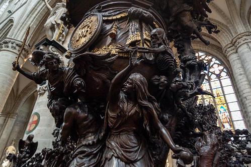 Púlpito em madeira - Bruxelas - Bélgica