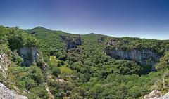 Vue depuis le fort de Buoux. Vaucluse. (Cri.84) Tags: provence 5dmarklll canon1635f4l fort vaucluse paysage panorama autopano 5xp luberon