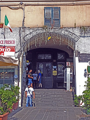 17061608853caricamento (coundown) Tags: genova suq porto antico culturedelmondo