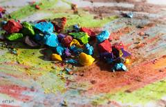 Crayons Chips (FP_AM) Tags: crayon macro macromondays sigma105mmf28exdgoshsmmacro canon7dmkii chips hmm