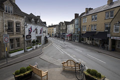 Tetbury...a quiet moment (Roger.C) Tags: tetbury gloucestershire cotswolds town shops shopping highstreet square townsquare old buildings history historic street roads junction glos beautiful pretty nikon d610 tamron 2470 benches detail quiet deserted